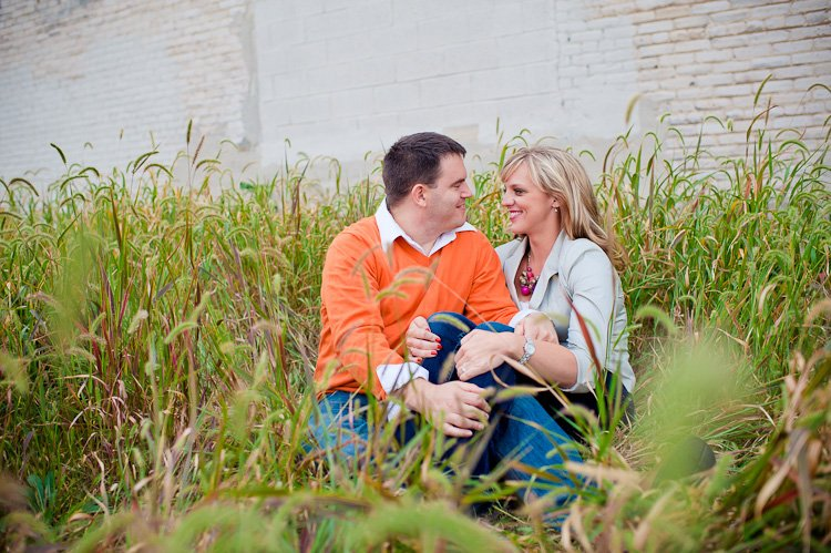 engagement photography in downtown milwaukee by milwaukee wedding photographer andy stenz