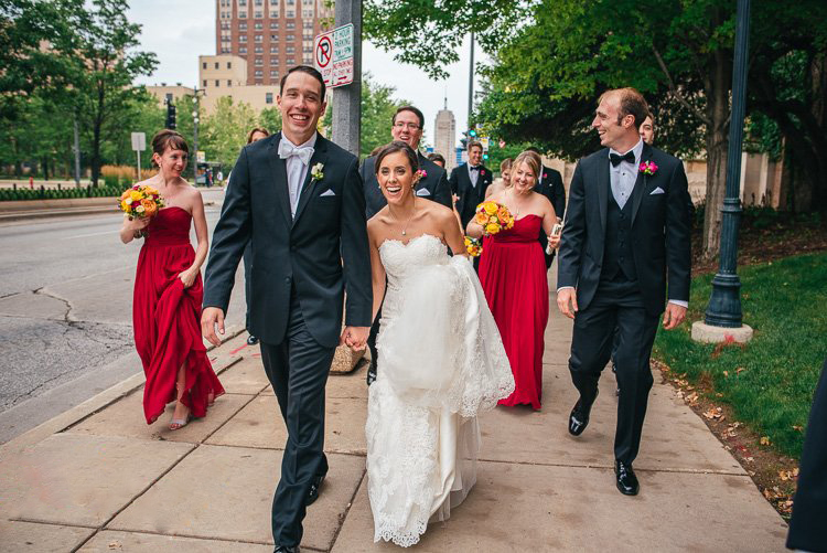kristin and carl's wedding at jesu marquette and milwaukee public museum