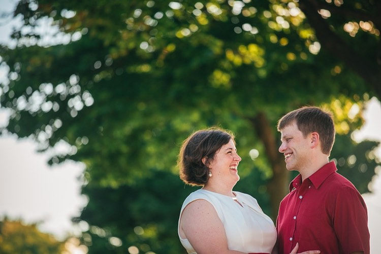 shannon and chris's milwaukee engagement photography